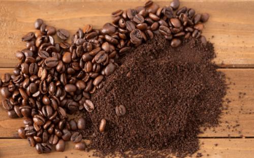 tẩy da chết bằng cà phê và sữa chua