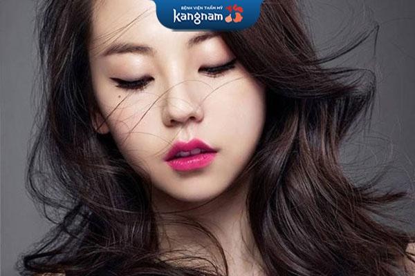 cắt môi trái tim tại kangnam